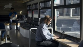 A-Bus-With-Wifi-in-San-Francisco_2
